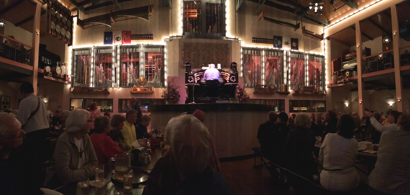 Organ Stop Pizza Restaurant 1